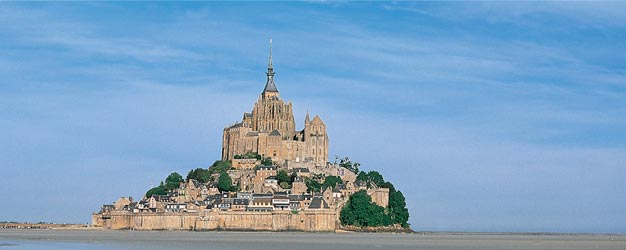 Visit the Mont Saint-Michel Abbey, one of the most famous pilgrimage destinations since the Middle Ages and an UNESCO World Heritage site. Book online!