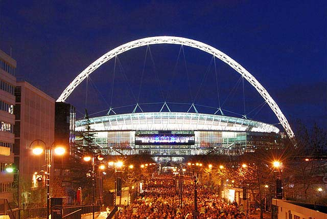 Arena info Wembley National Stadium. PilkaLondyn.pl