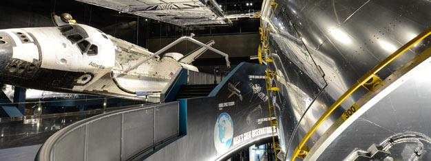 Explore the Kennedy Space Center in one day with the Space Pass! Have lunch with an astronaut & go on a guided bus tour! Transfer included. Buy online!