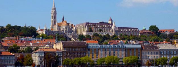 Löydä liput lähes kaikkiin mahdollisiin nähtävyyksiin ja kiertoajeluihin Budapestissa. Meillä on kaikki tarvittava, jotta matkastasi tulee vielä hieman erityisempi. Varaa netistä!
