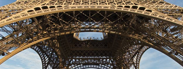Tickets for  a 1 hour tour in Paris and a visit to the 2nd floor of The Eiffel Tower. Avoid queuing - Book your tickets to Skip the Line - Paris Eiffel Tour now!