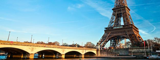 Conheça toda Paris neste city-tour completo de 3 horas e meia! Inclui Notre Dame, a Torre Eiffel e muito mais, com transfer incluso. Reserve online!