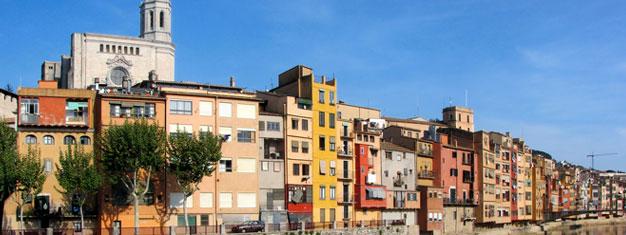 Neem een begeleide tour naar de historische mediëval stad Girona buiten Barcelona! Bekijk het best bewaarde Joodse kwartier in Europa. Boek uw tickets online!