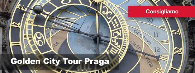 Acquistate qui i biglietti per il Golden City Tour di Praga, e scoprite tutte le meraviglie di Praga a piedi, dal bus, o dal battello!
