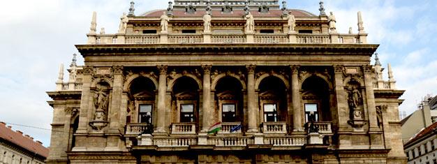 Lähde hauskalle ja informatiiviselle kierrokselle Budapestiin ja koe kaupungin kiinnostavimmat kohteet. Sis. opastetun kierrokseneduskuntatalossa. Varaa tästä!