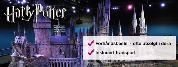 Se hvor Harry Potter-filmene ble gjort levendepå denne turen bak kulissene: prøv Galtvort-ekspressen! Kjøp billetter online og slipp køen i billettluka.
