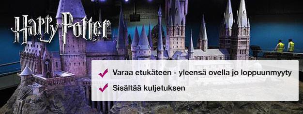Kurkista Harry Potter elokuvien kulissien taakse! Kokeile Hogwarts Expressiä! Osta liput verkosta ja ohita jono lippuluukulle!