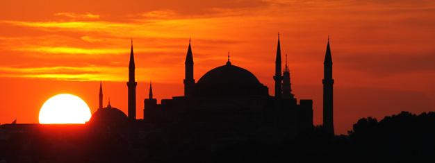 Ingressos para atrações, monumentos, city-tours e cruzeiros em Istanbul! Reserve online com a Ticmate!