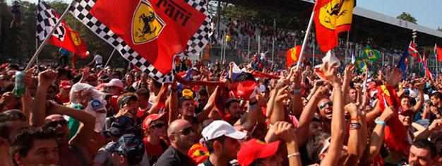 F1 Grand Prix na torze Monza poza Mediolanem jest jednym z najlepszych wyścigów F1. Sprzedajemy wszystkie rodzaje biletów na F1 w Monza. Bilety na F1 można kupić online tutaj!