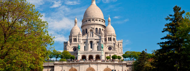 Discover the charming neighbourhood Montmartre during this 2-hour guided tour! See Sacré Coeur, Place de Tertre and much more! Book your tour online!
