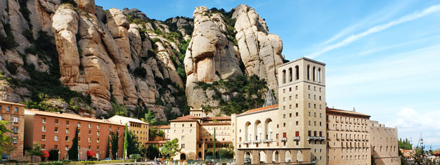 Enjoy at two-part full-day tour of Montserrat in the morning and Barcelona in the afternoon. See the Basilica of Montserrat and Sagrada Familia. Buy here!