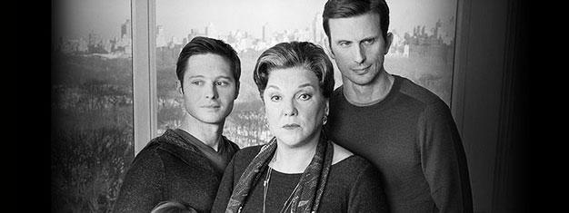 Mothers and Sons på Broadway i New York er et varmt og morsomt teaterstykke. Bestil billetter til Mothers and Sons på Broadway i New York her!