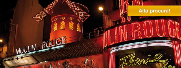 Bal du Moulin Rouge é o cabaret mais famoso de Paris, conhecido em todo o mundo. O espetáculo Féerie, em cartaz no Moulin Rouge, pode ser reservado online aqui!