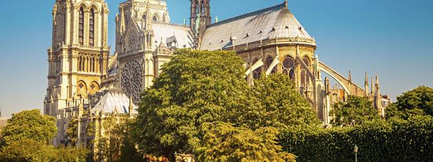 Conheça os mais imponentes cartões-postais de Paris! Visite a Notre-Dame, Montmartre e a Torre Eiffel - sem perder tempo nas filas. Grupo pequeno, reserve agora!