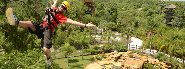 Vieraile Orlandon Gatorlandissa! Tutustu alligaattoreihin ja liidä yli puiston uudella vaijeriliulla. Hotellikuljetus sis. hintaan. Varaa online!