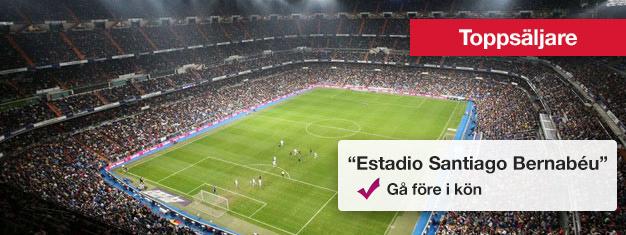 Real Madrids Estadio Santiago Bernabéu är imponerande med plats för mer än 81 000 fans. Boka biljett till en självgående rundtur på Estadio Bernabéu här!