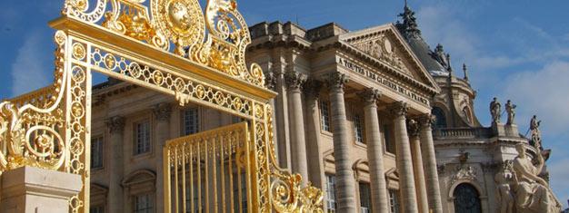 Heldagstur med sightseeing i Paris, lunch i Eiffeltornet följt av en guidad tur i Versailles. Max 8 deltagare. Boka biljetter här!