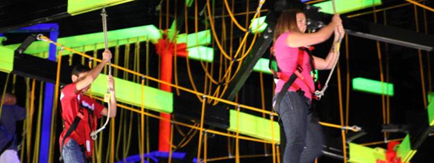 Visita WonderWorks-un parque temático para la mente con más de 100 exposiciones interactivos! Disfruta una cena con espectáculo! Reserva tus entradas en línea!
