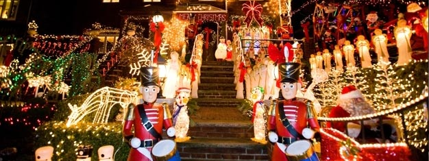 Forget about Rockefeller Center! If you want to see real Christmas lights, come to Brooklyn.This tour highlights the festive homes of Dyker Heights. Book here!